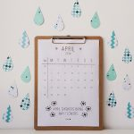 april – printable calendar