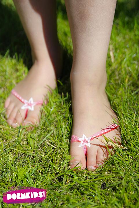 slippers op voetjes schminken